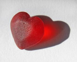 Red heart sea glass specimen found by Lynn Vigue of Connecticut